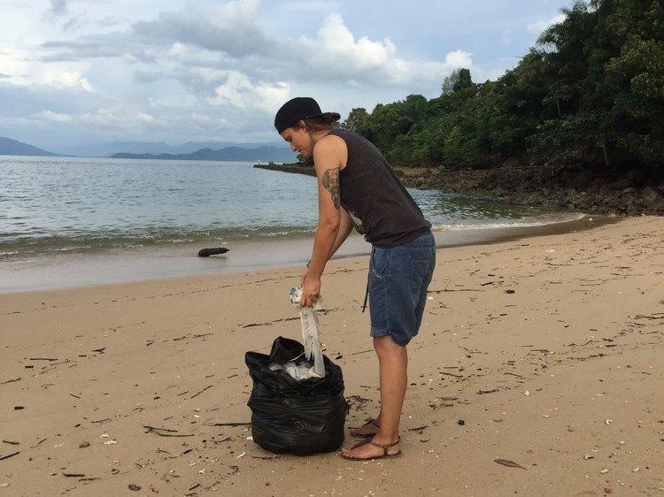 marina ozeankind plastikmüll koh phayam