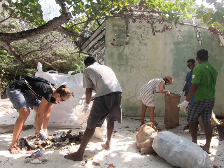 CleanUp with Kuramathi